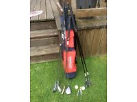 Beginners set of golf clubs suitable for junior players includes bag and balls, tee's