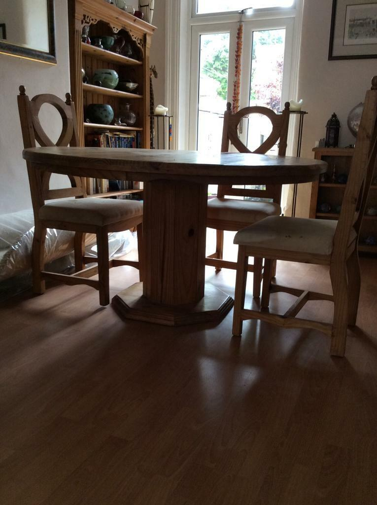 Magnificent Rustic Pine Large Round Table And Chairs In Urmston Manchester Gumtree Download Free Architecture Designs Jebrpmadebymaigaardcom