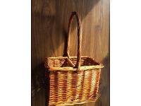 Wicker Wine Basket / Carrier - Could be used for Plants. NEW