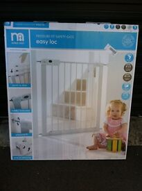 Mothercare safety gate - pressure fit