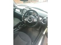 Mini Cooper 1.6TD 2010 Semi-Automatic , no smoking low mileage