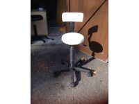 Beauty stool with back rest