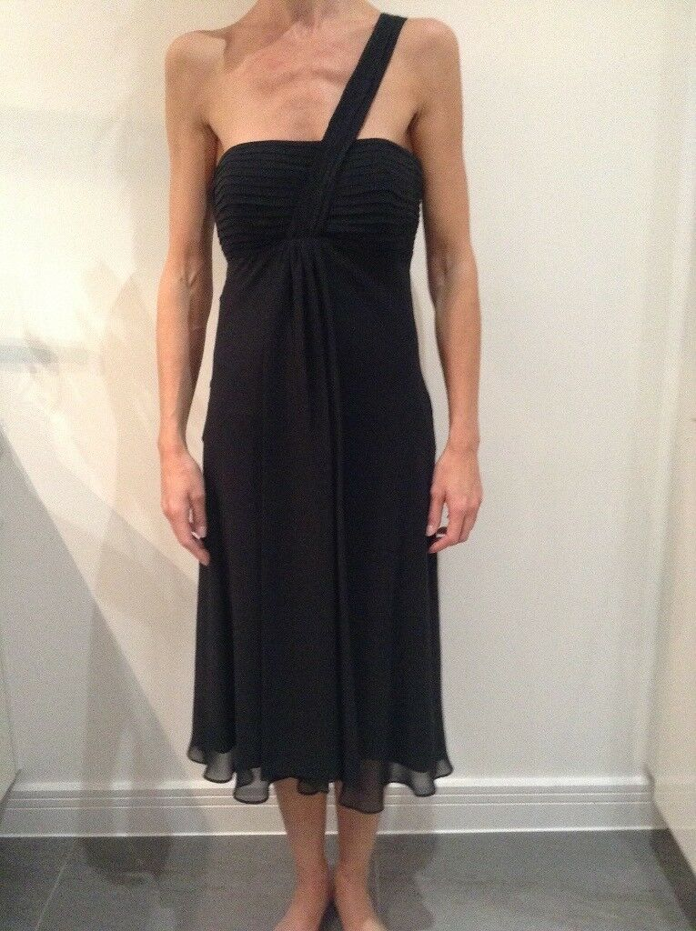 Black 'debut' bridesmaid dress 8