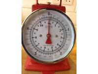 Traditional Red Kitchen Scales