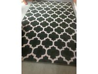 LARGE GREEN AND CREAM RUG FOR SALE