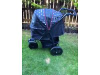 Togfit Roadster . Dog pushchair.