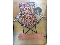Pink camping / festival chair with carry bag