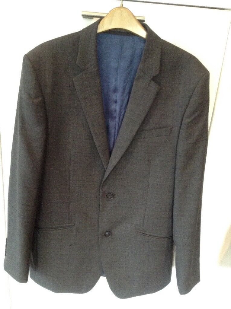 "Gents modern quality charcoal grey checked suit 38"" chest"