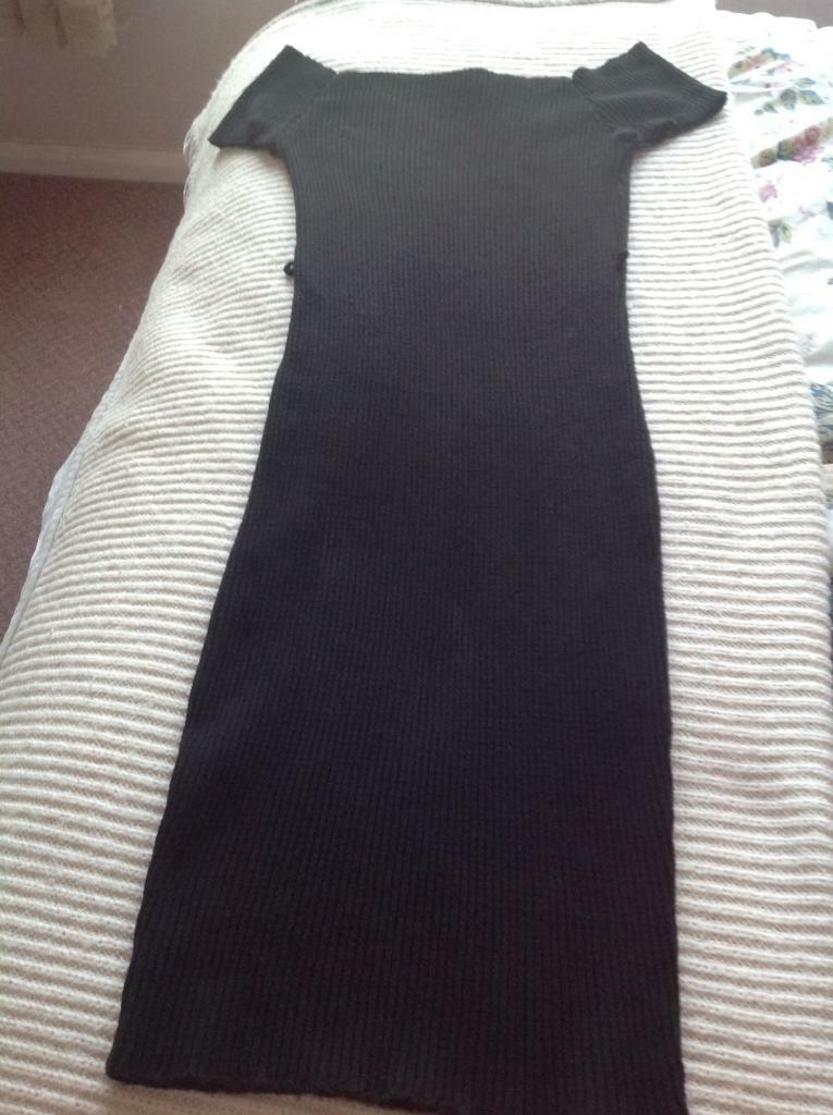 Lipsy dress size 14in Basford, NottinghamshireGumtree - Black off the shoulder lipsy dress size 14 Needs thin belt adding