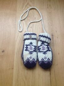 Nordic Trapper Cream & Purple Fleece Lined Mittens - One Size