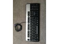GENUINE HP COMPUTER KEYBOARD IN EXCELELENT CONDITION