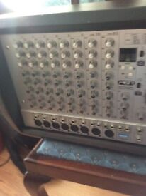 200 watt plus 200 watt powered pa mixer