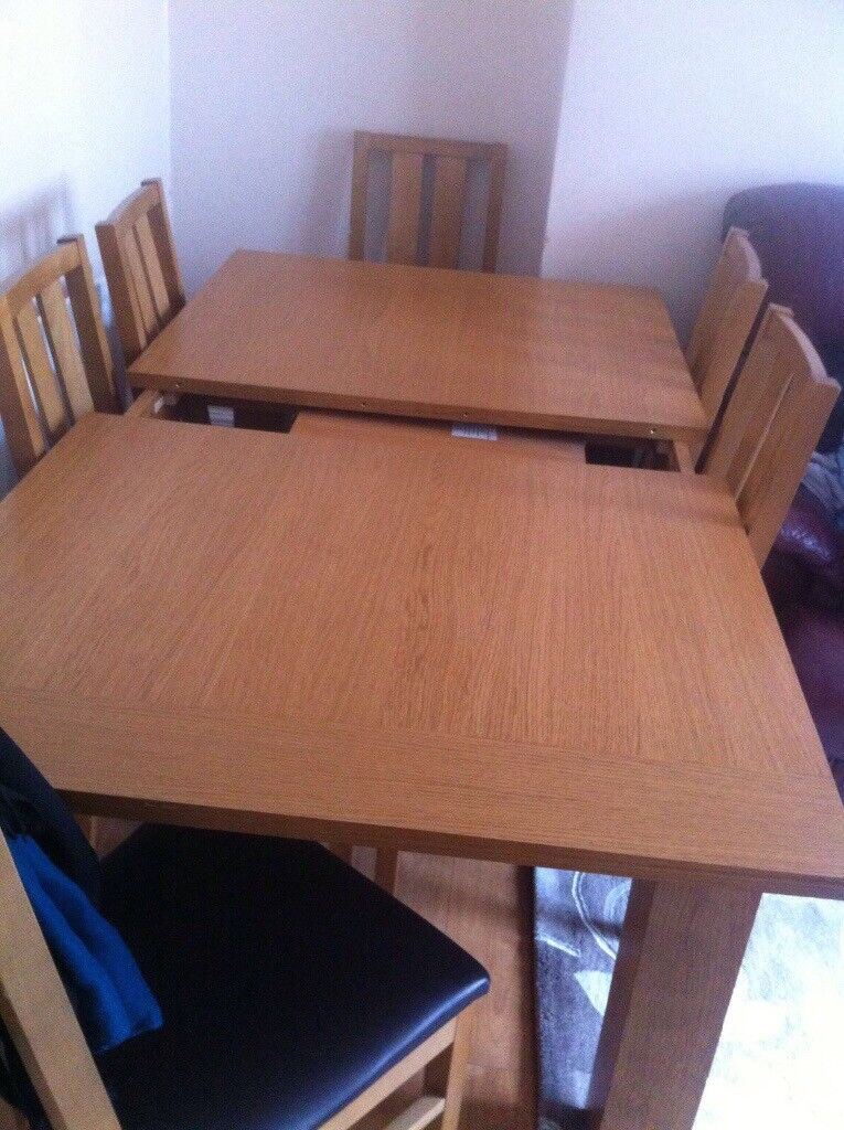 Kitchen table £300 RRP £660