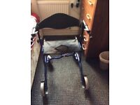 4 wheel stroller with seat