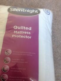 Silentnight Quilted King Size Mattress Protector 153cm x 203cm x 30cm Extra Deep