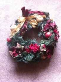 "BARGAIN LOVELY LARGE LUXURY ARTIFICIAL CHRISTMAS WREATH 19"" DIAMETER"