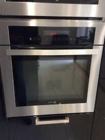 Integrated single oven