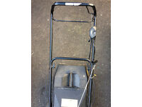 Briggs and Stratton Lawnmower Trojan 18s Quattro 40