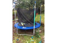 6FT TRAMPOLINE WITH NETTING