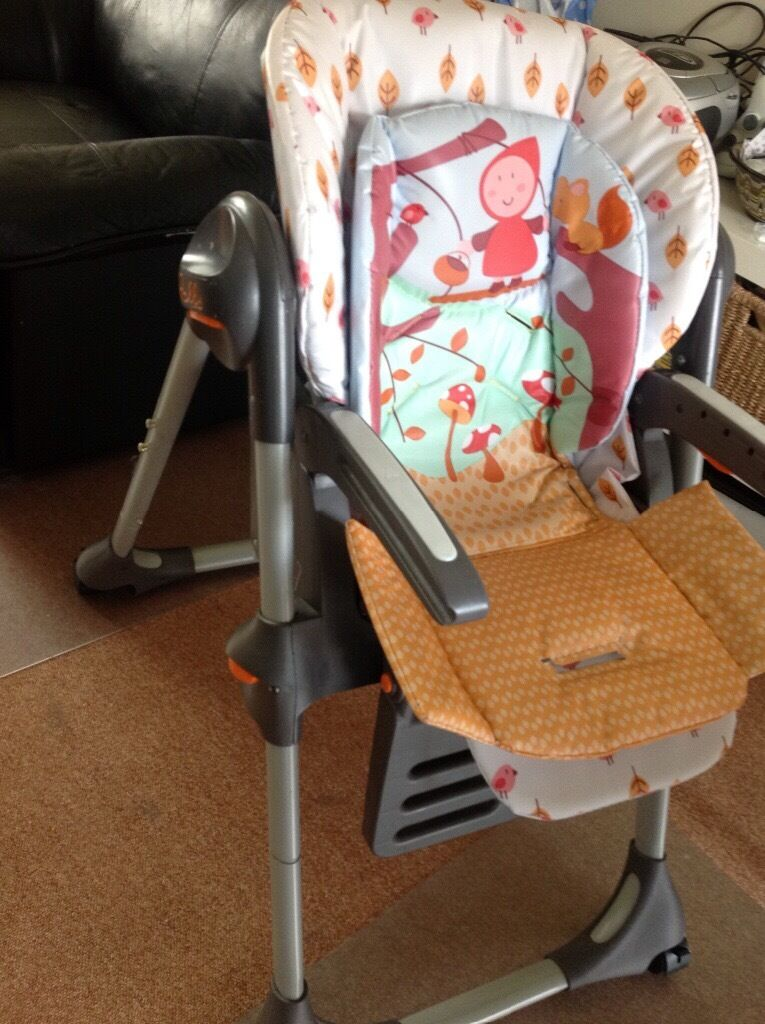 Chicco highchair with big removable tray