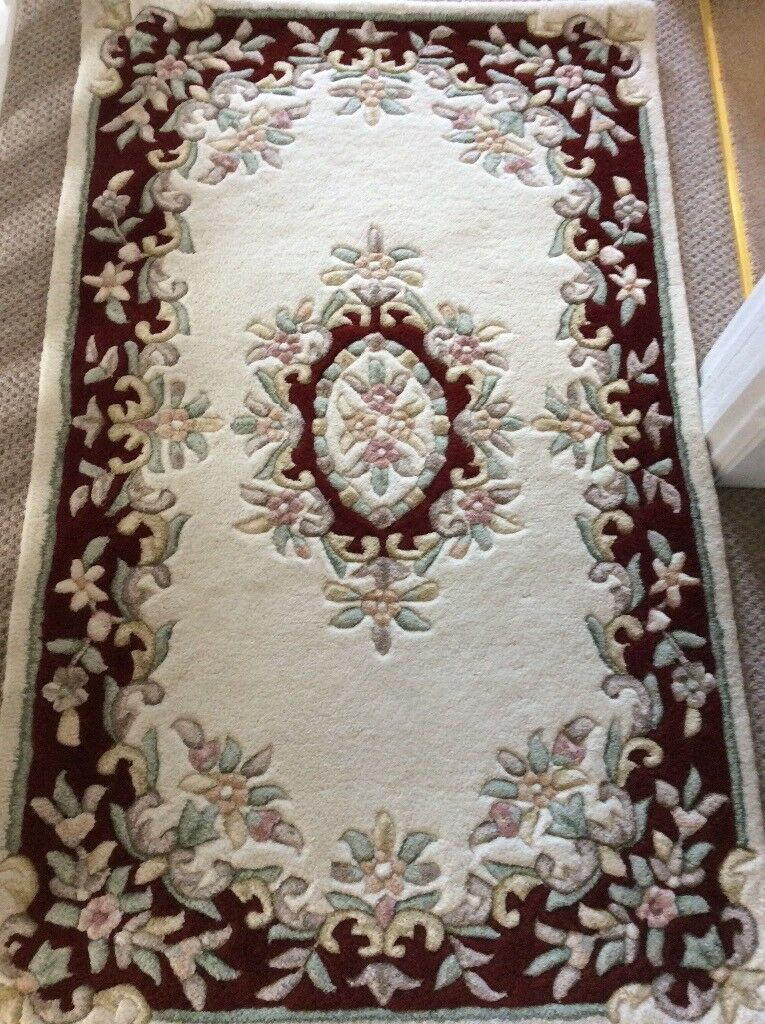 Traditional Indian Rugs In 100 Wool