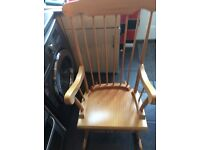 Woodern rocking chair good condition