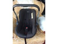 Silver Cross car seat / Baby carrier