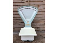 Avery scales 2lb suit old kitchen /sweet shop etc