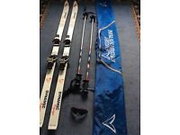Dynamic equipe vr27 skis, poles an case.