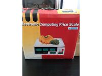 Electronic computing price scale commercial