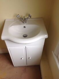 Floor standing vanity unit with ceramic basin