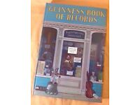1970s GUINNESS BOOK OF RECORDS 1972 LARGE HARDBACK EDITION VERY COLLECTABLE