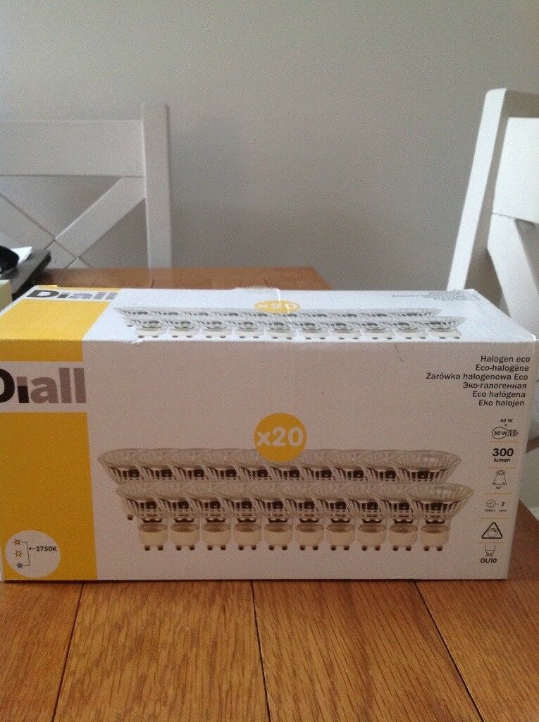 Diall Eco halogen bulbs. Box of 18.