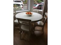 Dining table IKEA white extendable