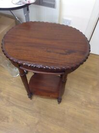 Oval medium wood hall/side table