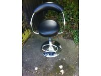 Single Bar Stool With Foot Rest & Chrome Base.