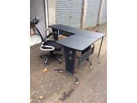 Corner desk and chair
