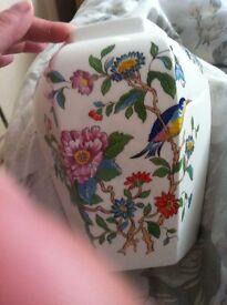 Aynsley est 1775 eighteenth century aynsley design vase