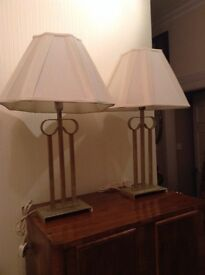 2 LARGE VINTAGE METAL LAMPS WITH ART DECO STYLE WHITE SHADES