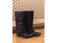 Woman Size 5/ 38 OFFICE Black Leather Boot