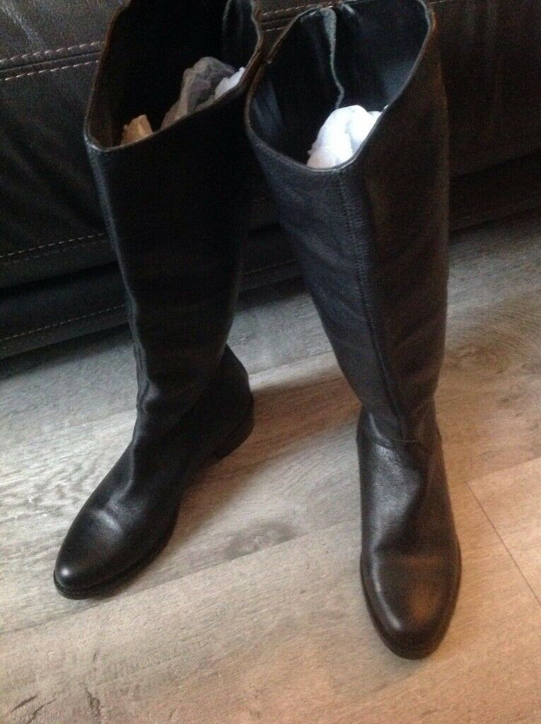 0b382a1b8c7 ( Size 3 ) Dune Genuine Leather Ladies Knee High Thigh Boots Well Worn Used  Heels
