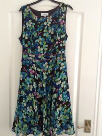 Selection of ladies dresses sizes 14 and 16