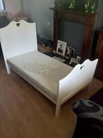 todler bed and mattress