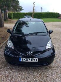 Toyota Aygo Black - 2007 low mileage 12 months MOT £20 tax good condition