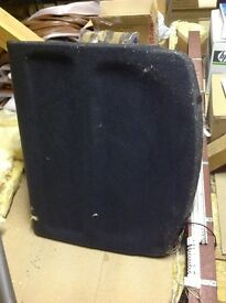 REAR PARCEL SHELF FOR A VAUXHALL VECTRA HATCHBACK