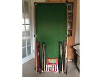 6ft x 3ft table-top snooker table.