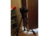 Panasonic LUMIX DMC FZ38 HD Camera & Tripod