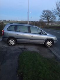 Vauxhall Zafira 1.6 petrol (design model)new clutch and timing belt long mot .lady owne