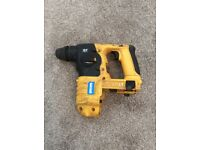 Dewalt dc223 24v cordless hammer drill.body only. Broken but can be repaired.