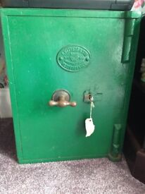 Antique safe with one key collect tyldesley